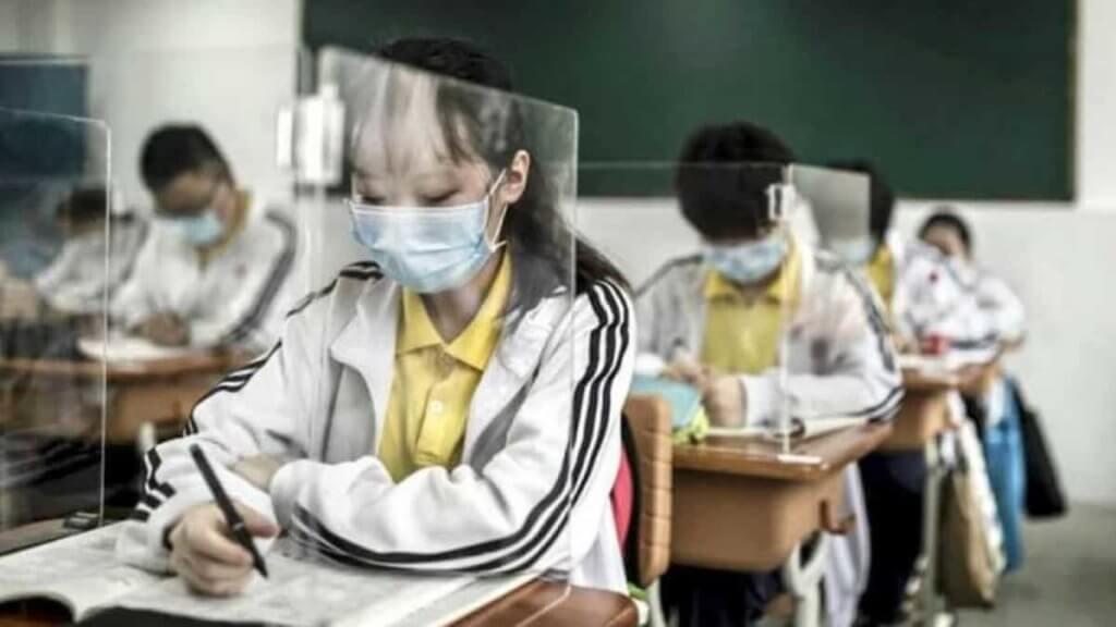 escola chinesa usa barreiras de proteção